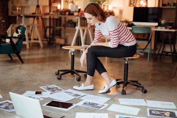 Asendia mail women choosing layout